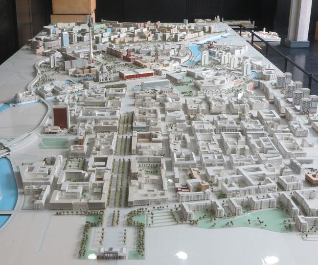 Mini cities berlin city model - Mobeltown berlin ...